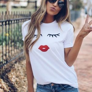 Lip 💋 T-shirt size S and M